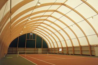 Eclairage exterieur et interieur sermes lamdalux for Eclairage court de tennis exterieur